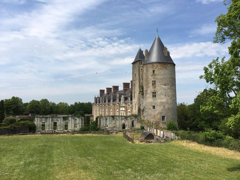 chateau_de_la_groulais1
