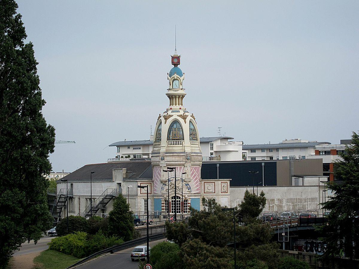 1200px-Nantes_lieu_unique_tour